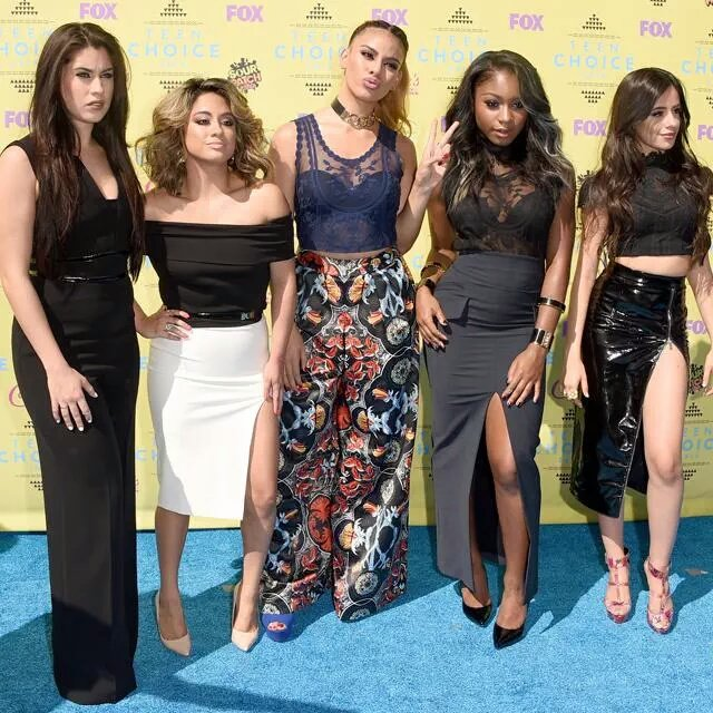 check the amazing @FifthHarmony in #TeenChoiceAwards