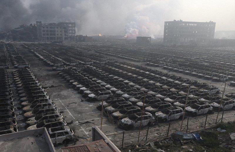 صور انفجار مصنع كيماويات تيانجين في #الصين - صورة ١