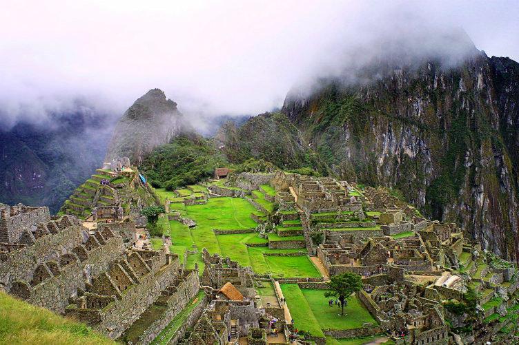 ماتشو بيتشو #بيرو الموجودة في#امريكا_الجنوبيه