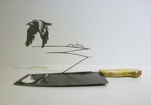 فنان ينحت مجسمات على شفرة السكين #غرد_بصورة -صورة 4