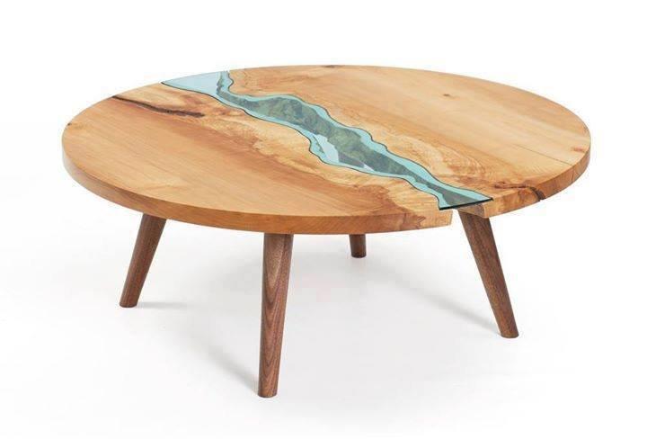 تصميم طاولات خشبية بالزجاج بشكل الانهار والبحيرات #منوعات #غرد_بصوره 2