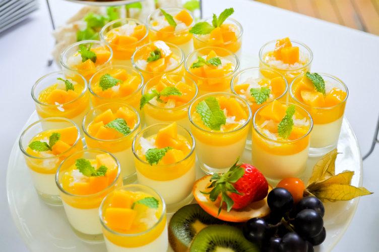 حلوى المنجة والأرز بالحليب من أشهى حلويات #تايلاند