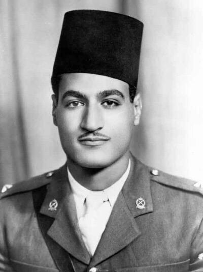 صورة #قديمة للرئيس المصري الراحل جمال عبد الناصر بالزي العسكري #مصر