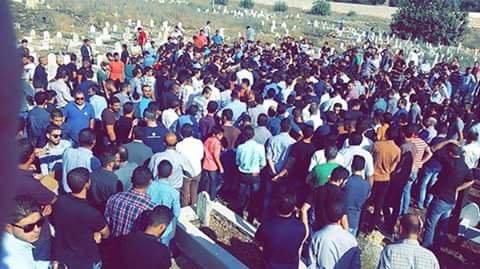 صور جنازة #حازم_القواسمة طالب في الجامعة الهاشمية بعد عناء مع المرض تكسر في صفائح الدم