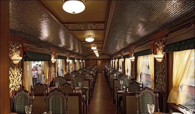 قطار المهراجا الفاخر في #الهند #غرد_بصورة-صورة 6