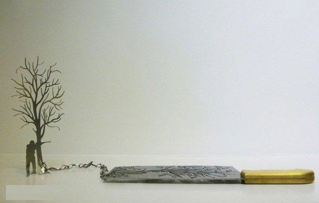 فنان ينحت مجسمات على شفرة السكين #غرد_بصورة -صورة 5