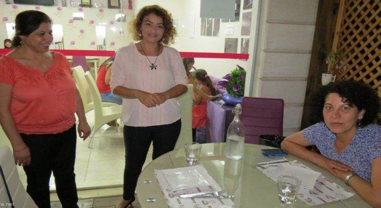 نساء كافيه مقهى فلسطيني للنساء فقط #غرد_بصوره