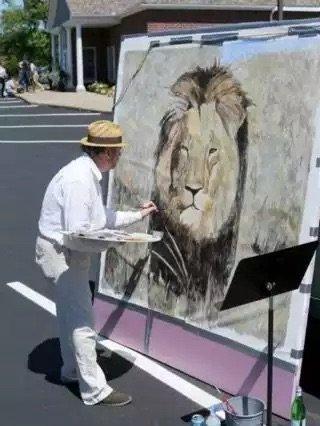 فنان بريطاني يجمع تبرعات لحماية الحيوانات بعد قتل الأسد Cecil