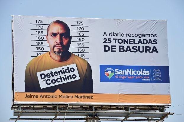 مدينة مكسيكية تنشر على لوحات اعلانية في الشوارع صور وأسماء من يلقون القمامة في الشوارع