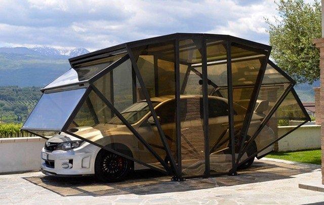 صورة اليوم مظلة سيارة مبتكرة من #إيطاليا #غرد_بصورة