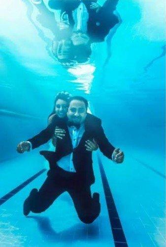 الزفاف تحت الماء آخر صيحات الموضة ب#مصر #غرد_بصوره صوره رقم 4