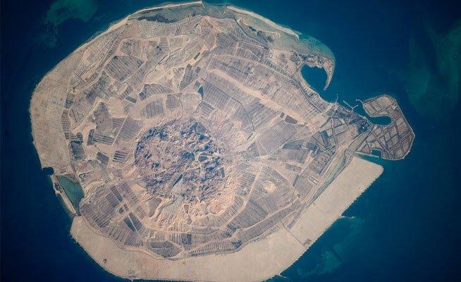 جزيرة صير بني ياس #أبوظبي من الفضاء