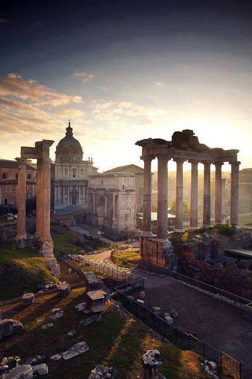 المدينة العريقة #روما #ايطاليا صوره رقم 1