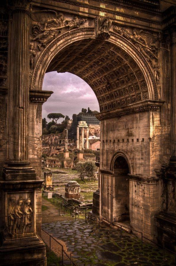 المدينة العريقة #روما #ايطاليا صوره رقم 3