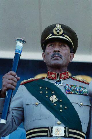 صورة #قديمة للرئيس المصري أنور السادات #مصر