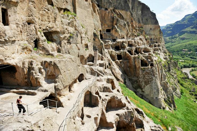 #جورجيا دير الكهوف الصخرية في وردسية