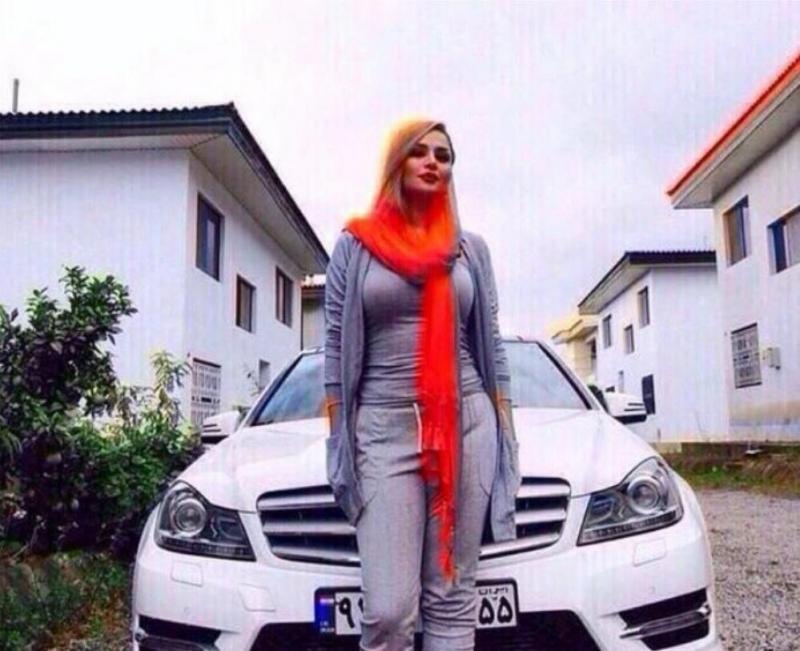 سانزا حفيدة الرئيس الإيراني رفسنجاني