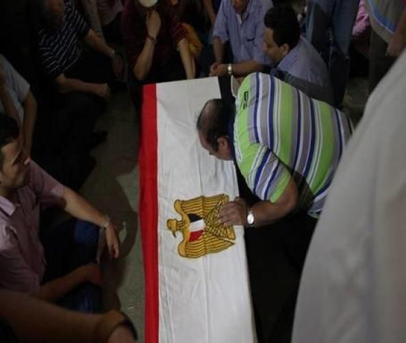 صور جنازة الفنان الراحل #نور_الشريف #وفاة_نور_الشريف صوره رقم3