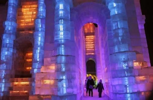 #مهرجان في #الصين يجعلك تعيش المغامرة داخل متاحف وقصور عملاقة من الثلج صوره رقم 3