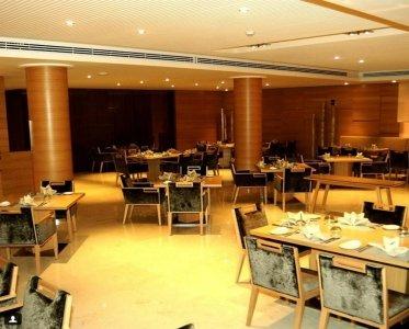 مطعم مهراجا إيست باي فينيت طريق التحلية، الأمير محمد الخامس، العلية، #الرياض
