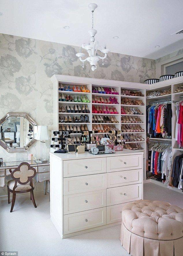 افكار لترتيب #الاحذيه في #غرفة_الملابس #غرد_بصوره 7