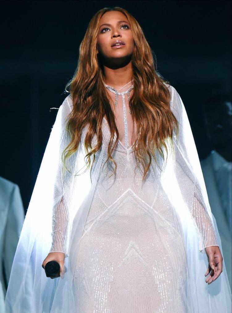 المطربة الأمريكية بيونسي @Beyonce #مشاهير - صورة ١٠