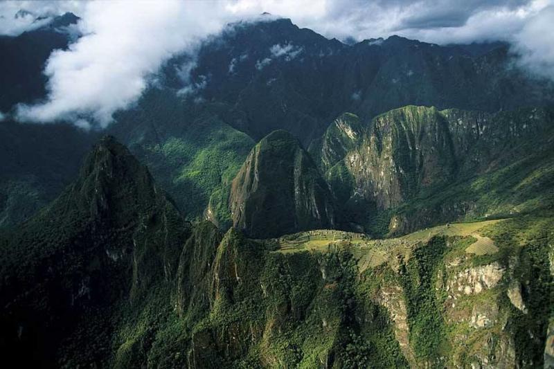 صور رائعة للأرض التقطت من الأعلى لتظهر مدى روعة و جمال العمران البشري فوق سطح الكرة الأرضية #غرد_بصوره صوره 1