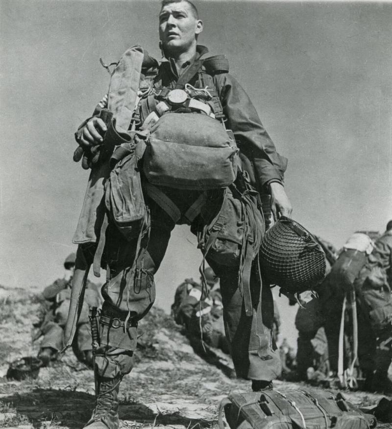 الحرب العالمية الثانية بعدسة المصور المجري روبر كابا -١