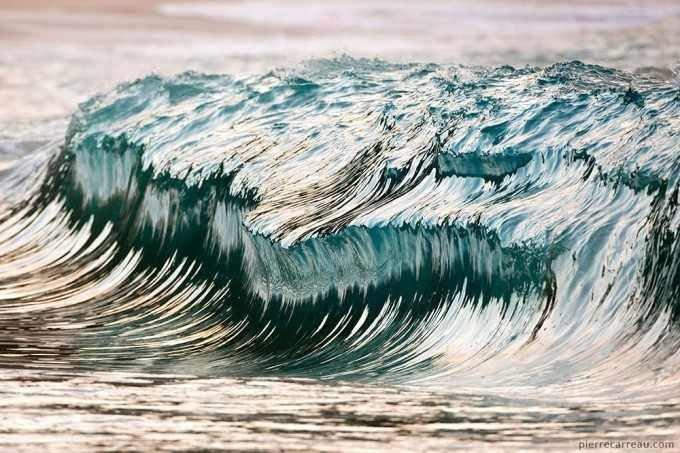 الفن في رسم الامواج وهي مجمدة #غرد_بصورة 4