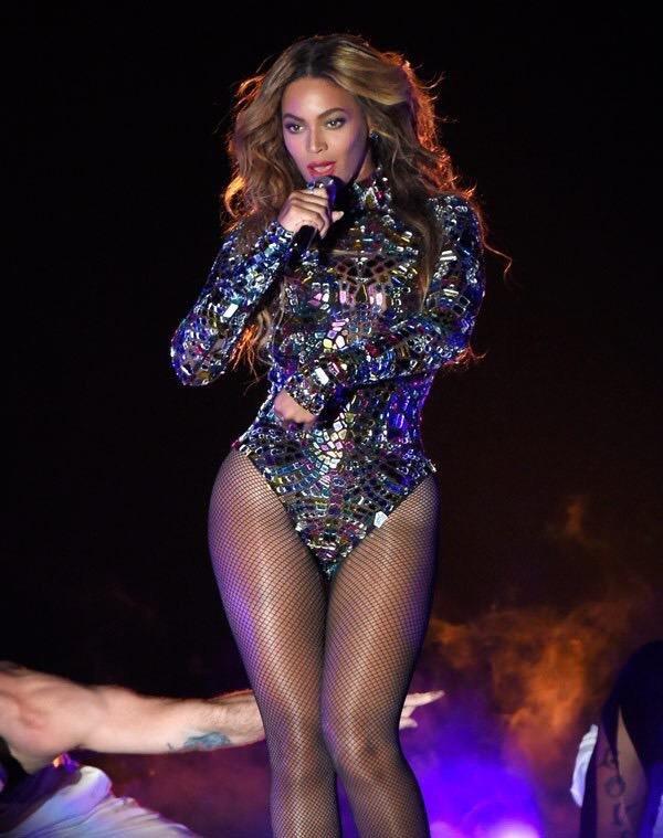 المطربة الأمريكية بيونسي @Beyonce #مشاهير - صورة ٩