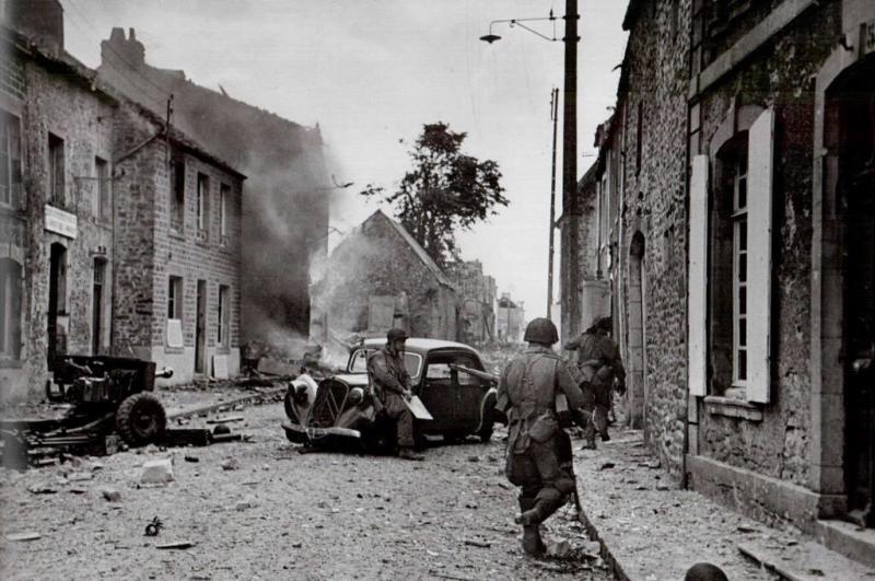 الحرب العالمية الثانية بعدسة المصور المجري روبر كابا -٢