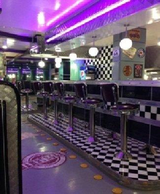 مطعم بادز رود كلاسيك داينر شارع التحلية السلمانية, #الرياض