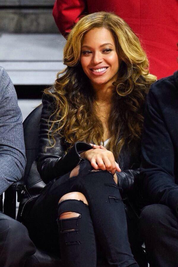 المطربة الأمريكية بيونسي @Beyonce #مشاهير - صورة ٦