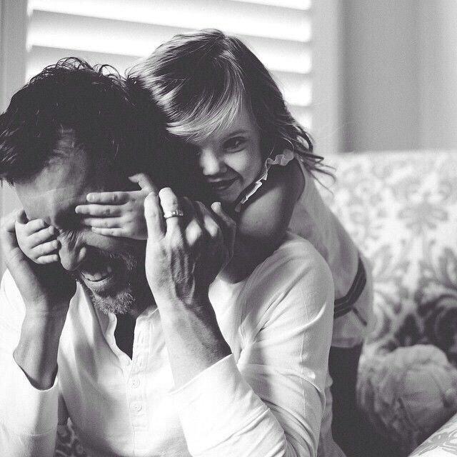 الأب الحنون يجعل أي زوج لابنته في المستقبل مقصرا دوما - صورة ٢