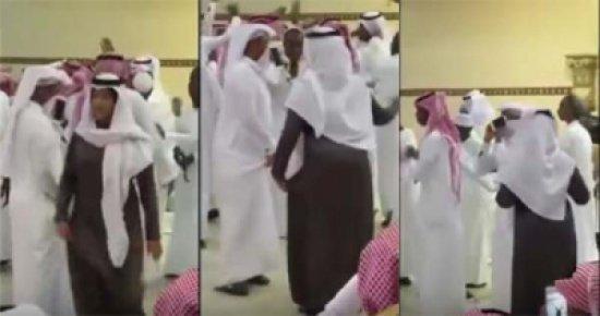 فتاة ترقص متنكرة في زي رجل #غرد_بصورة