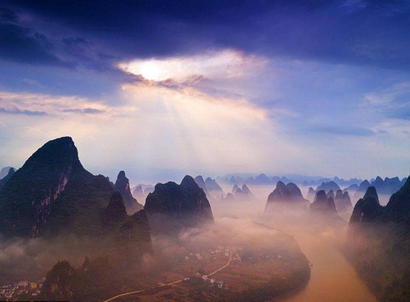 مصور بريطاني يطارد الشمس #حول_العالم لالتقاط هذه الصور صوره 11