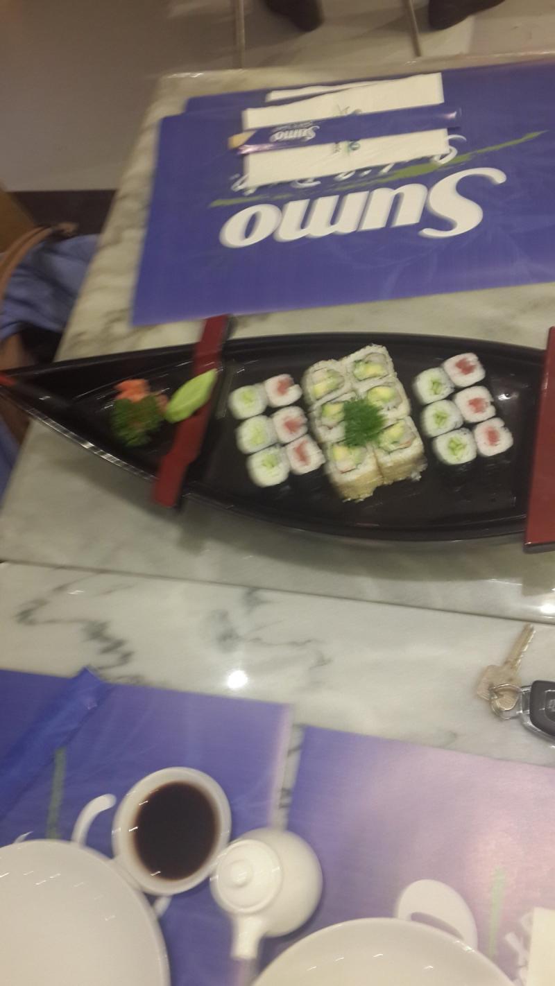 مطعم سومو الياباني للسوشي - الحمرا مول - رأس الخيمة