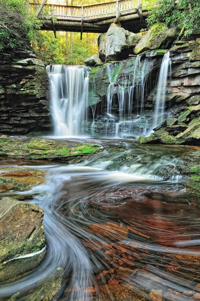 شلالات جميلة في ولاية فيرجينيا الأميركية صوره 2