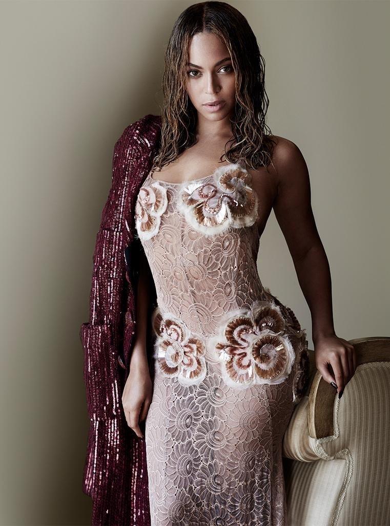 المطربة الأمريكية بيونسي @Beyonce #مشاهير - صورة ١
