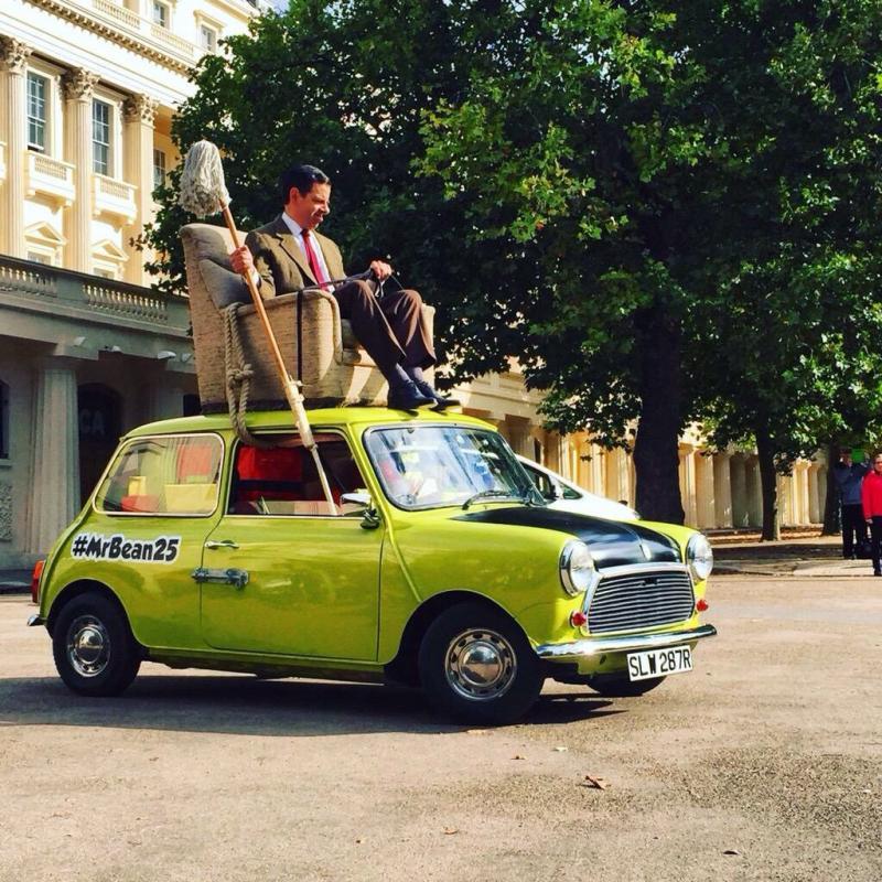 #مستر_بين يحتفل بمرور ٢٥ عاما على أول ظهور له بالتلفزيون البريطاني - صورة ١١
