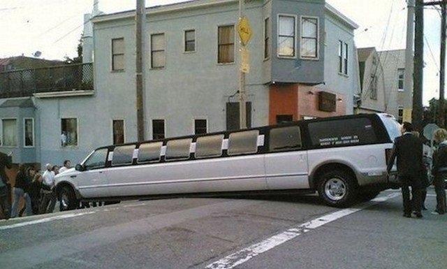 حوادث سيارات عجيبة #غرد_بصورة -8