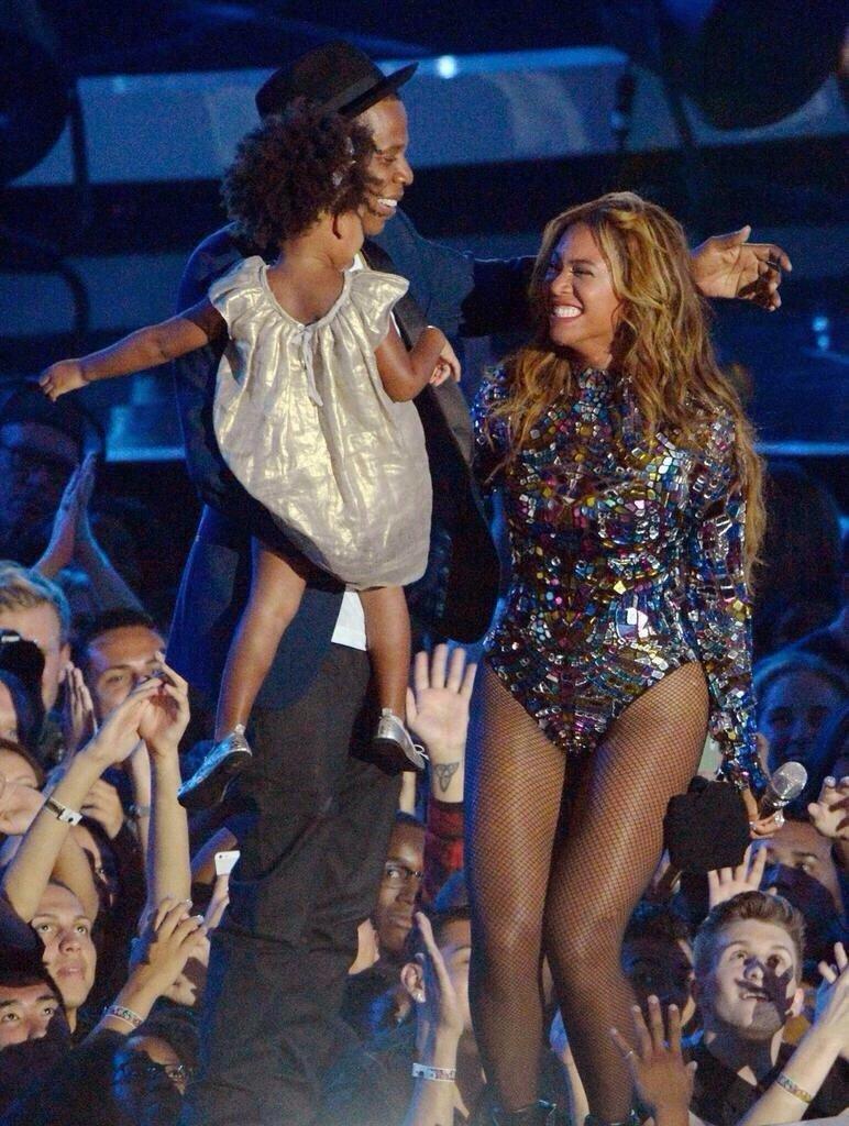 المطربة الأمريكية بيونسي @Beyonce #مشاهير - صورة ٥