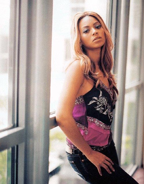 المطربة الأمريكية بيونسي @Beyonce #مشاهير - صورة ١٢