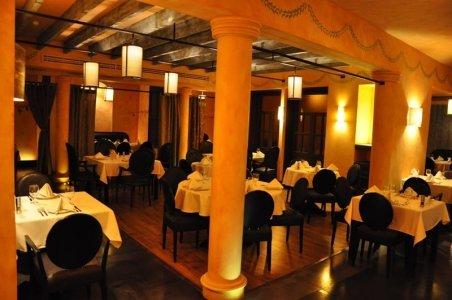 مطعم جولياز فرع شارع التخصصي، ، الرحمانية، #الرياض