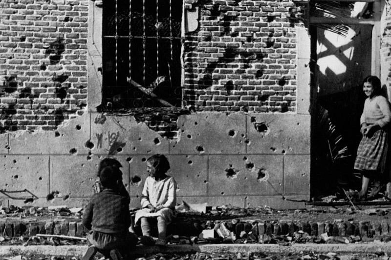 الحرب العالمية الثانية بعدسة المصور المجري روبر كابا -٣