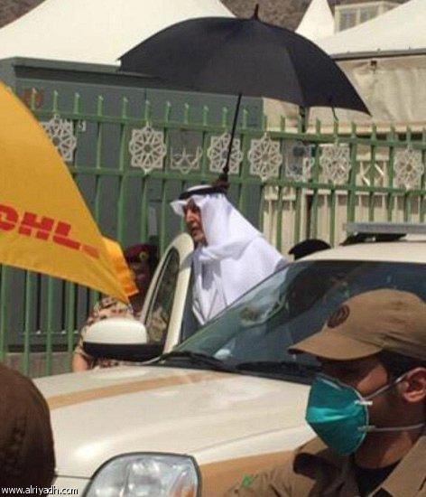 الأمير خالد الفيصل يصل إلى موقع حادثة #تدافع_مشعر_منى