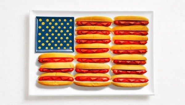 علم الولايات المتحدة الأمريكية: بالهوت دوج وكاتشب ومسطردة #غرد_بصورة