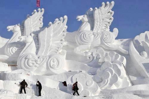 #تماثيل_الثلج بين الدقة وضخامة التصاميم #غرد_بصوره 7