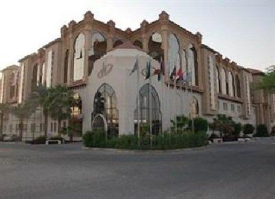 مطعم رد كورال سيفود رستورانت فندق مادرايم كراون،شارع المطار،الفلاح، #الرياض