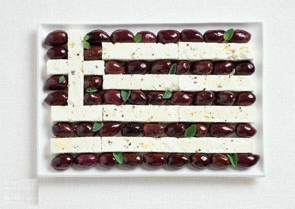 علم #اليونان بالزيتون كالاماتا وجبن فيتا #غرد_بصورة